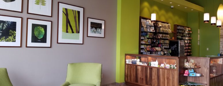 Sitting Area and Counter